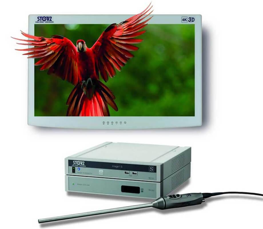 腹腔鏡手術に使用する3Dカメラシステム