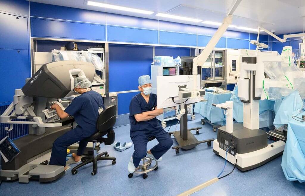 大堀理院長が膀胱全摘のロボット支援手術プロクターに認定されました